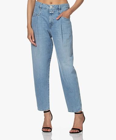 Closed Pearl Organic Cotton Mom Jeans - Light Blue