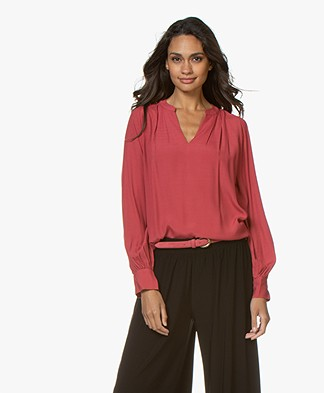 Repeat Viscose Crêpe V-hals Blouse - Spice