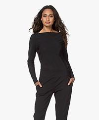 Woman by Earn Ditte Tech Jersey Boothals Longsleeve - Zwart