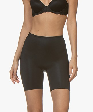 SPANX® Conceal-Her! Mid-Thigh Short - Very Black