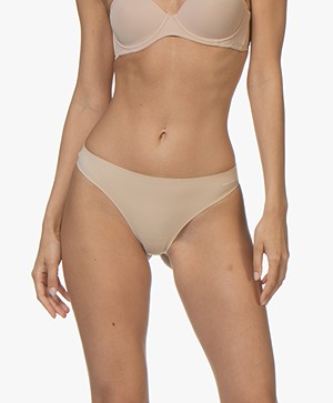Calvin Klein Perfectly Fit Invisible String - Bare