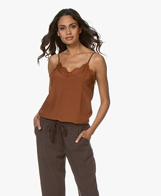 Josephine & Co Gidion Top with Lace - Camel