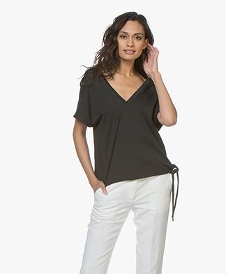 Pomandère Boxy T-Shirt with V-Neck - Black