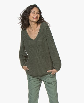 Closed Chunky Knit Cotton V-neck Sweater - Grass Green