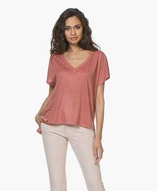 Drykorn Svana V-neck T-shirt with Lurex - Terracotta Pink