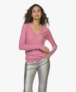 Joseph Cashair Pure Cashmere V-neck Sweater - Carnation