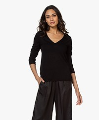 Majestic Filatures Delicate Cashmere V-neck Sweater - Black