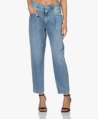 Closed Pearl Organic Cotton Mom Jeans - Light Blue