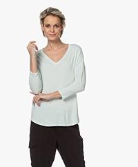 Majestic Filatures V-hals T-shirt met Driekwart Mouwen - Lichen
