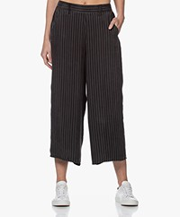 Marie Sixtine Sandy Cupro Blend Pinstripe Culottes - Charbon