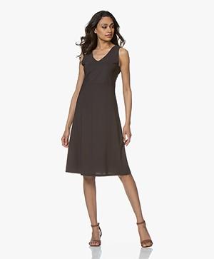 no man's land Sleeveless Travel Jersey Dress - Brown Black