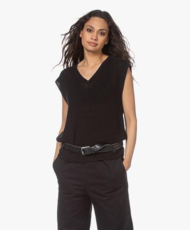 Closed Sleeveless Linen V-neck Sweater - Black
