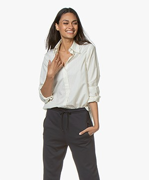 Filippa K Indra Gestreepte Cotton Silk Blouse - Off-white/River