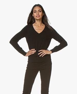 Repeat Cashmere V-neck Pullover - Black