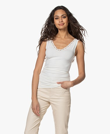 by-bar Double V-neck Top with Lace - Off-white