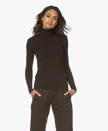 Joseph Luxurious Silk Blend Roll Neck Sweater - Zwart