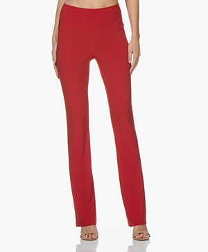 Norma Kamali Travel Jersey Boot Pant - Rood