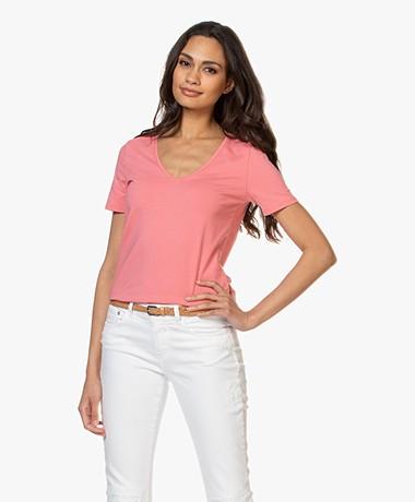 Repeat Stretch Katoenen V-hals T-shirt - Flamingo