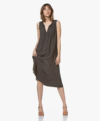 BRAEZ A-line Dress with Tie-closure - Army