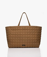 By Malene Birger Lulin Oversized Doorgestikte Shopper - Golden Beige