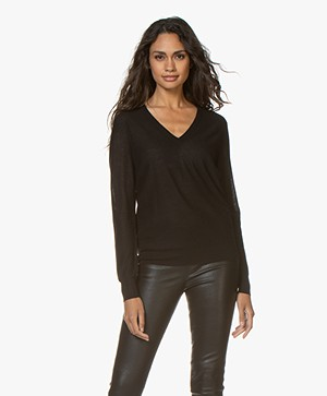 Joseph Cashair Pure Cashmere V-neck Sweater - Black