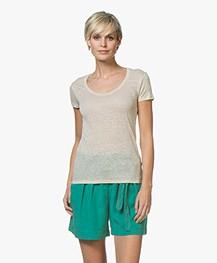Majestic Filatures Linnen U-hals T-shirt - Zand