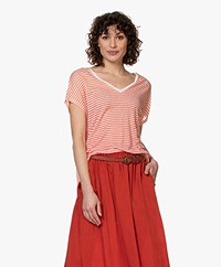 Majestic Filatures Striped Linen V-neck T-shirt - Red/White