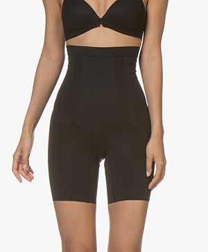 SPANX® OnCore High-Waist Short - Zwart