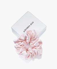 By Dariia Day Mulberry Zijden Scrunchie Medium - Blush Pink