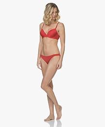 Calvin Klein Seductive Comfort Slip - Manic Red