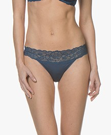 Calvin Klein Seductive Comfort Kanten String - Lyria Blue