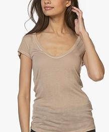 Fine Edge Wool Blend V-neck Tee - Sand