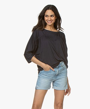 Closed Cotton Jersey T-Shirt with Cropped Sleeves - Dark Night