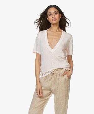 IRO Jahal V-hals T-shirt van Puur Linnen - Cream Pearl