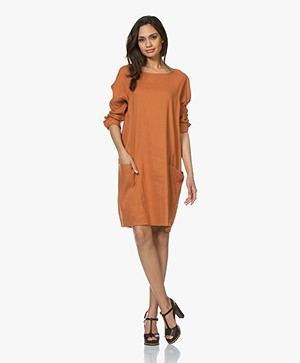 Woman by Earn Bee Stretch Linnen Jurk - Burnt Orange
