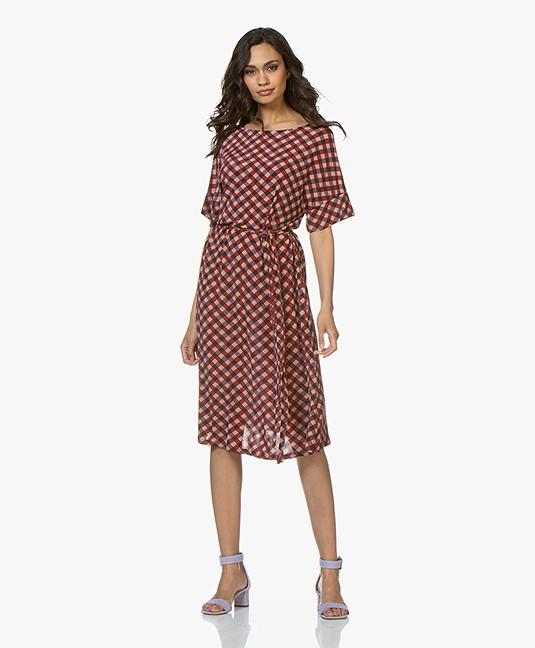 6e8185f1 Siyu Geo Tech Jersey Short Sleeve Dress - Red/Lilac - geo 2 02 - /c