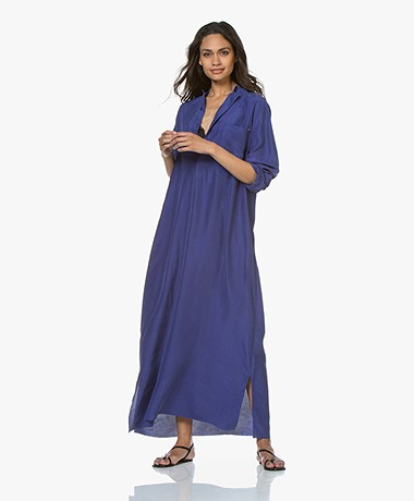 extreme cashmere N°68 Lord Maxi Blousejurk in Habotai Zijde - Electric Blue