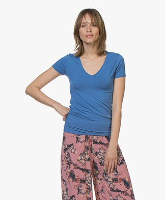 Majestic Filatures Soft Touch V-Hals T-Shirt - Ponza Blue