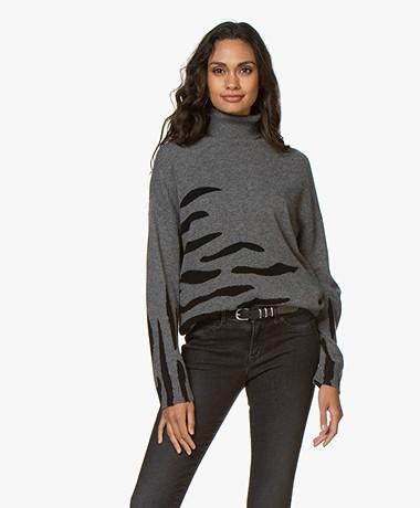 Repeat Cashmere Zebra Print Turtleneck Sweater - Medium Grey/Black