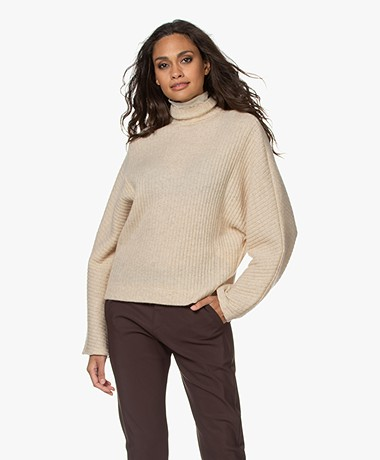 studio .ruig Sara Wool Blend Rib Turtleneck Sweater - Macademia
