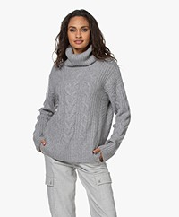 Repeat Luxury Cashmere Turtleneck Sweater - Light Grey