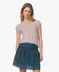 indi & cold Striped Linen Mix T-shirt - Cereza