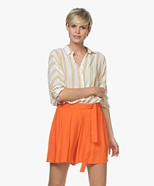 BY-BAR Norel Gestreepte Viscose Blouse - Off-white