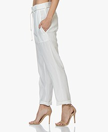 Drykorn Bad Loose-fit Lyocell Blend Pants - Off-white