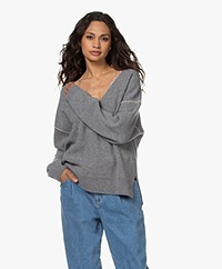 Closed Knitted Cotton V-neck Sweater - Grey Melange