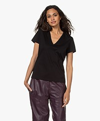 Drykorn Nilia Cotton V-neck T-shirt - Black