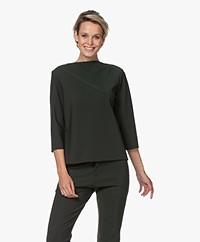 studio .ruig Thekla Tech Jersey Boothals T-shirt - Donkergroen