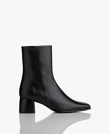 Filippa K Eileen Leather Boots - Black