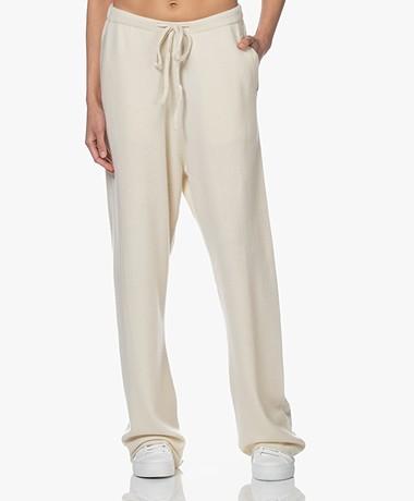 extreme cashmere N°142 Run Cashmere Blend Pants - Cream