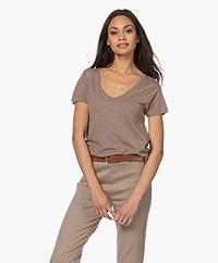 American Vintage Jacksonville V-neck T-shirt - Vintage Brown